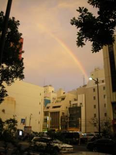 秋葉原に虹が架かる - 千石上空