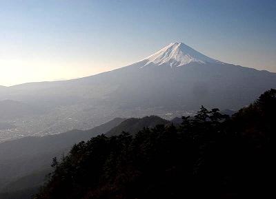 今日の三つ峠からの富士山です。