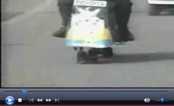 走らないで歩くバイク2.jpg