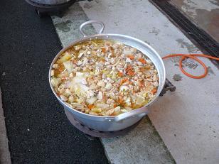 101127ちゃんこ鍋1
