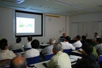 宮城いきいき学園で薬草の講義