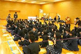 日本一太い樹木(クスノキ)の幹の周囲は