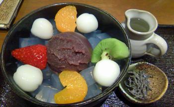 2010.4.30 甘味処 楓 こしあんみつアップ