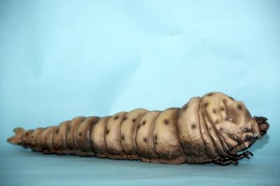 モスラ幼虫2
