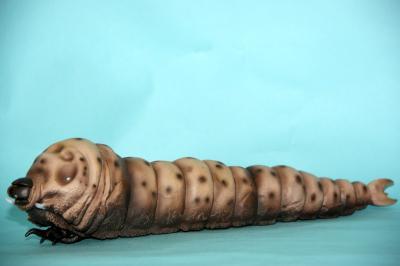 モスラ幼虫