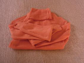 染めたセーター.JPG