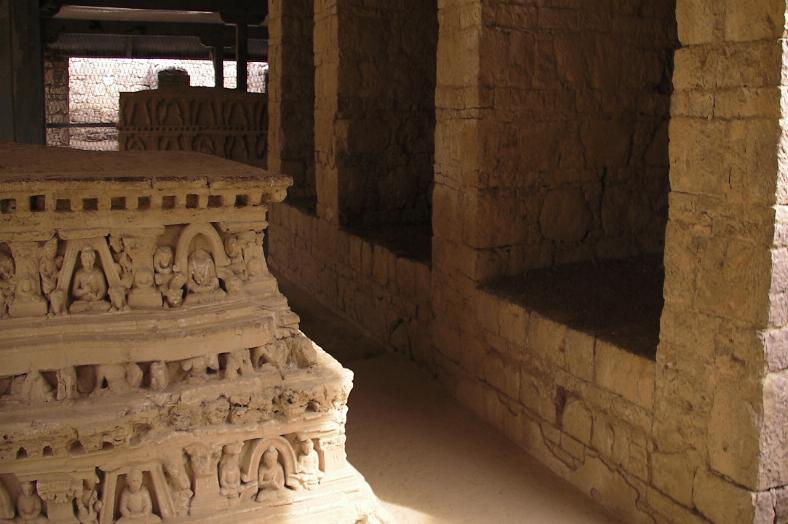 発掘された仏舎利
