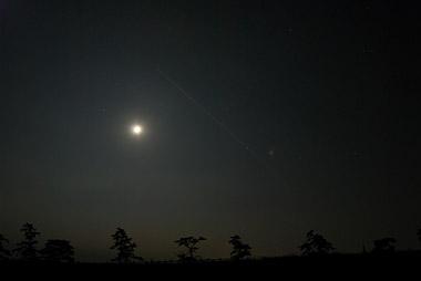 月と星と飛行機