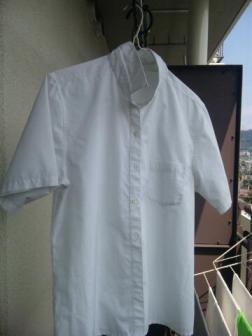 0830制服のシャツ