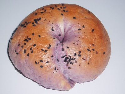 紫芋ベーグル01