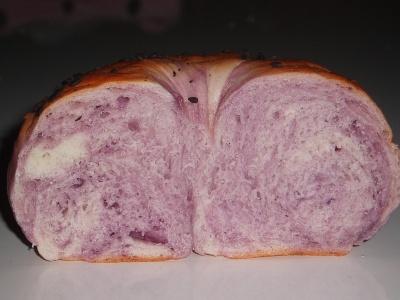 紫芋ベーグル02