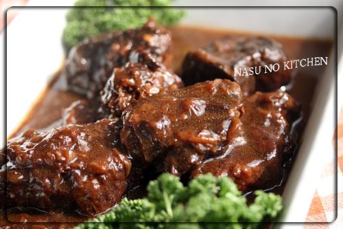 牛肉の赤ワイン煮横写真.jpg