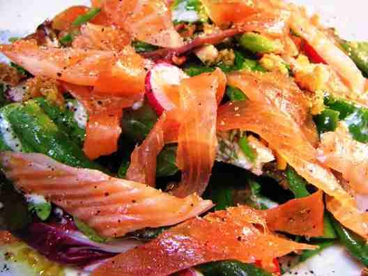 salade de caesar de saumon fume
