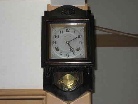 ミカヅキ柱時計1