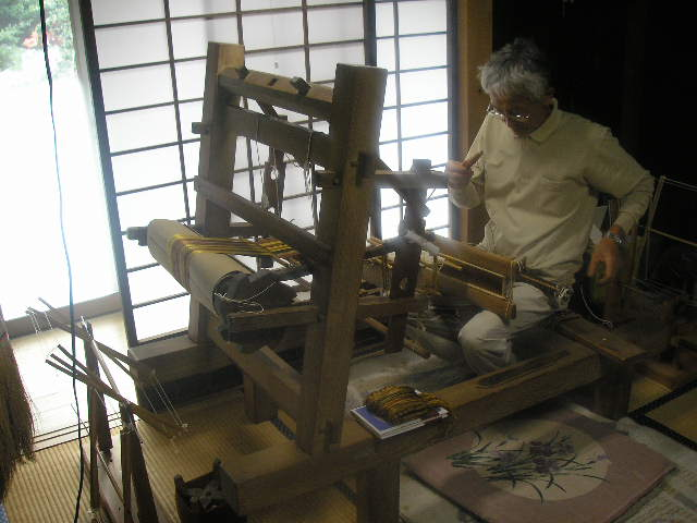 カッペタ織り機