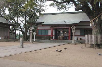 依羅神社拝殿