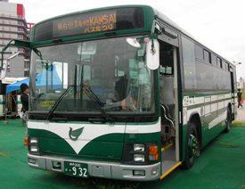 伊丹市バスのエルガ2ステップ
