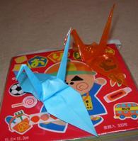 普通の折鶴とセロファン折鶴