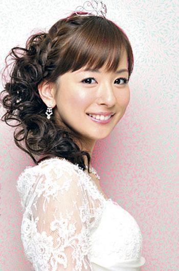 洋服が素敵な皆藤愛子さん