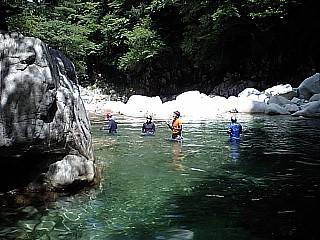 飛び込み岩