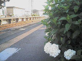 国定駅の朝