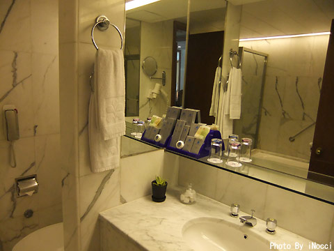 HKG065-ホテル洗面台.jpg