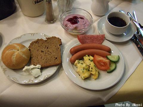 EUR167-Hotel朝食.jpg