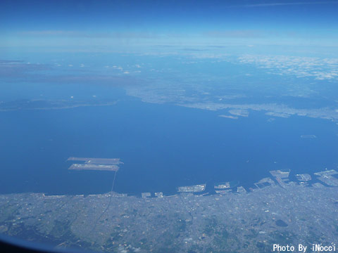 HKG039-大阪上空.jpg