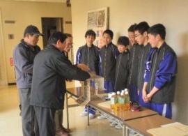安城市中学生防災隊の募金活動2
