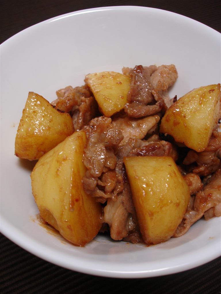 北大路魯山人は、「納豆は●●●回混ぜると美味しい」と言ったそうです。さて、何回と言ったのでしょうか?