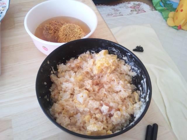 ご飯+卵+明太子+マヨネーズ