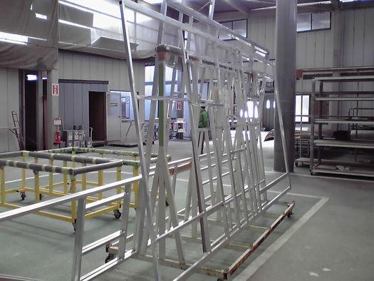 徳島工場 ハイドロバックパネル骨組み