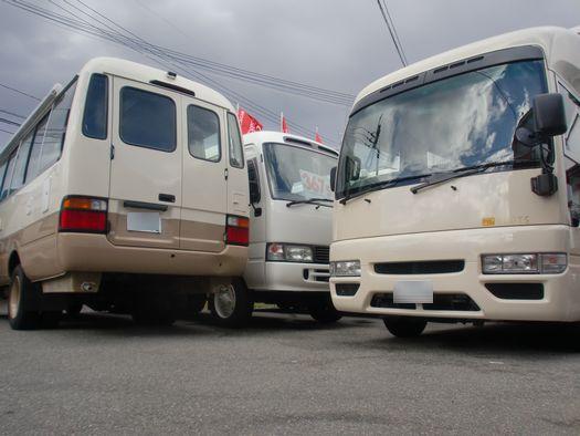 コースター4WDとルーツ(シビリアン2WD)