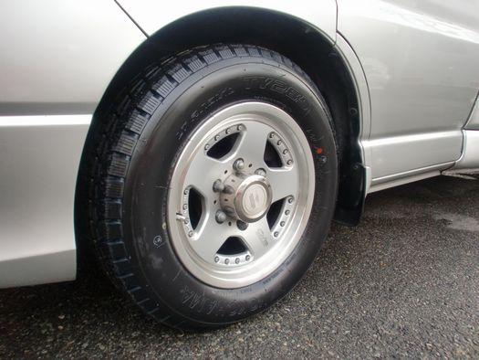Jポニー タイヤ交換