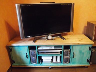 テレビ台 1