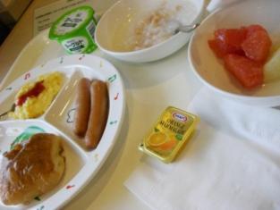 ホテルの朝食(たろちゃん用)