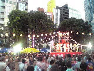にゅー盆踊り・踊る3