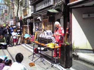 福岡詩二1・大道芸09