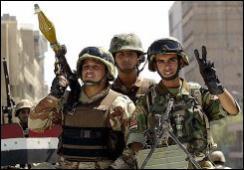 バグダッド市内をパトロールするイラク軍兵士