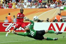 先制点を奪ったドラマニ。ガーナは初出場で決勝トーナメント進出を果たした