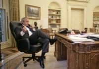 執務室の米大統領
