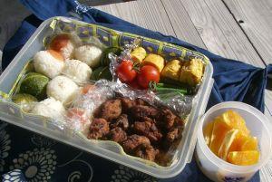 お弁当持ってピクニック♪