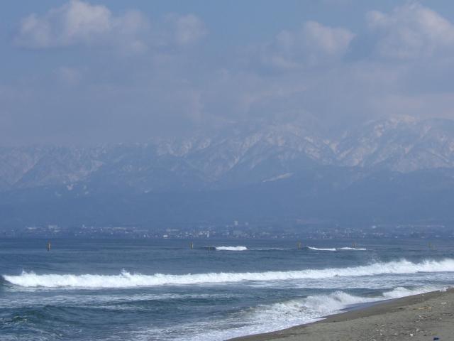 富山湾と立山連峰