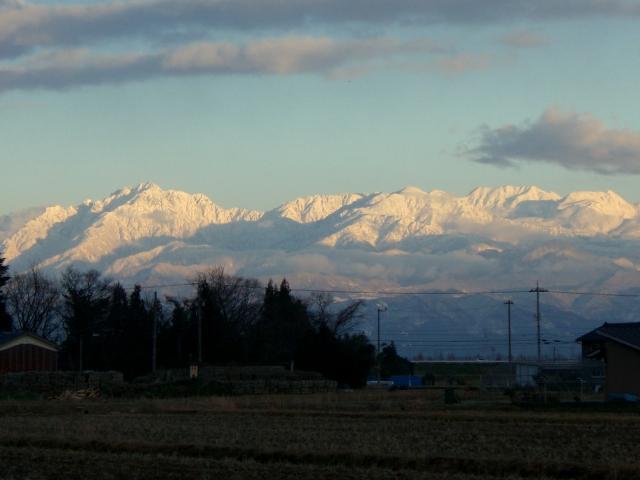 近所から見た立山連峰