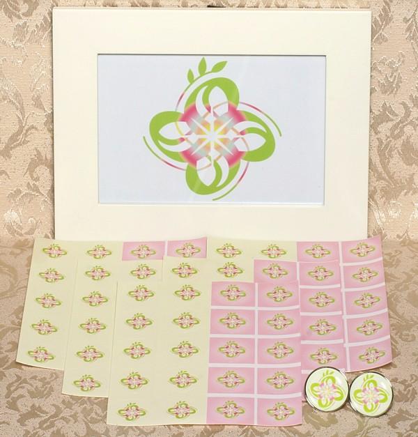 「愛と平和と希望」のロゴグッズセット-1-600