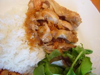 鶏肉のはちみつ煮~タイ米添え