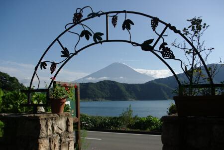 ホテル前の富士山