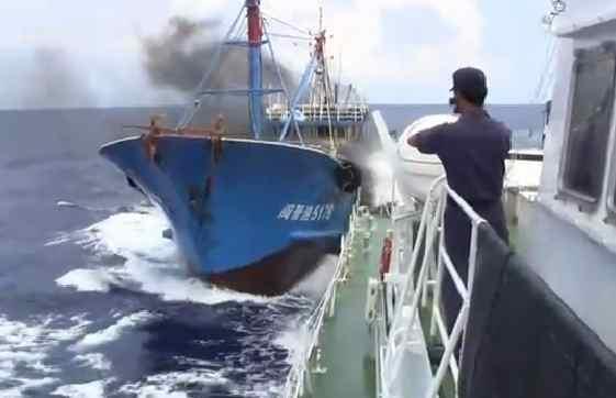 尖閣諸島沖の中国漁船衝突事件 |...