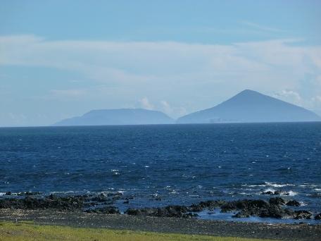 大島から利島新島方面