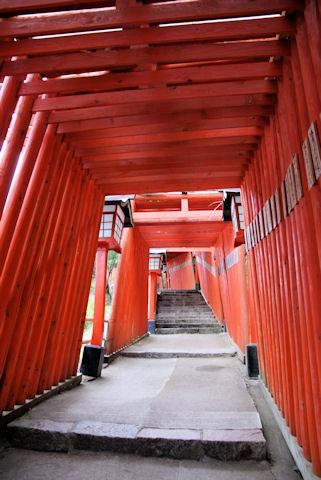 太皷谷稲荷神社の鳥居
